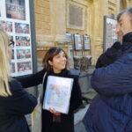 Francesca explaining the Sistine Chapel before the entrance