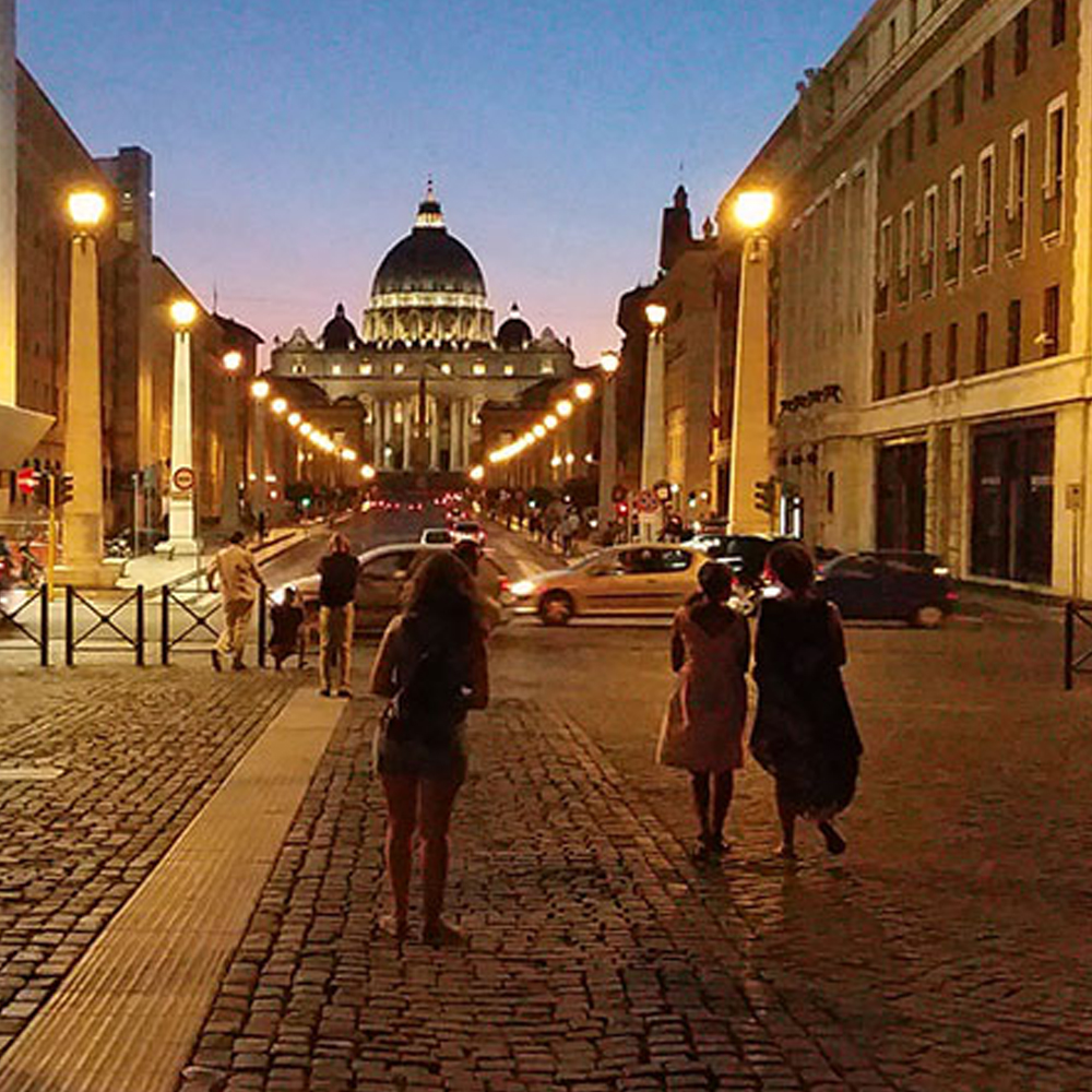 Vatican Museums Tour on Friday night